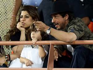 IPL 2017: Shah Rukh Khan And Son AbRam Cheer For KKR ...