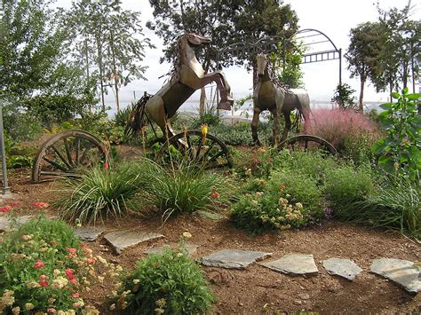 western style landscaping drought tolerant landscaping