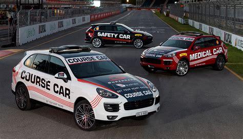 Porsche To Lead Supercars Field In 2017