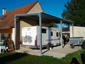mise en situation d39un abri camping car metallique adosse With prix d un garage de 30m2
