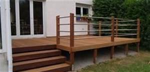 Erhöhte Terrasse Bauen : bangkirai terrasse als podest mit treppe haus pinterest ~ Orissabook.com Haus und Dekorationen