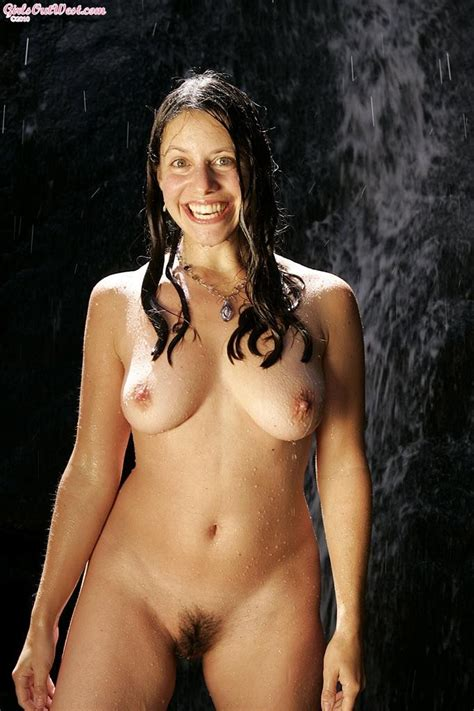 Hairy Pussy Australian Amateur Babe Getting Naked Outdoors Pichunter
