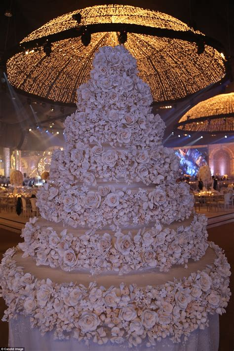 antique gold floor l inside the world 39 s most extravagant weddings with million