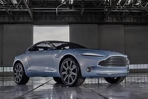 Aston Martin Suv : aston martin dbx concept pictures auto express ~ Medecine-chirurgie-esthetiques.com Avis de Voitures