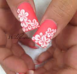 Gallery for gt hawaiian flower toe nail designs