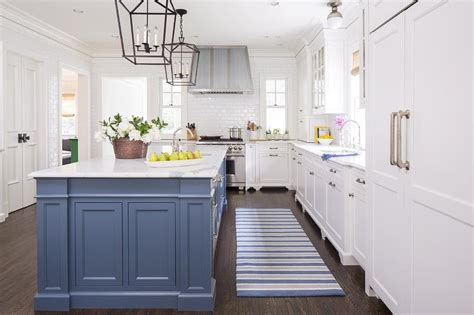blue kitchen island  blue striped runner