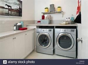Waschmaschine Und Trockner : energie effiziente waschmaschine und trockner waschk che ~ Michelbontemps.com Haus und Dekorationen