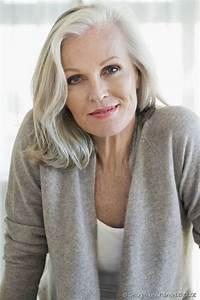 Couleur Ou Meche Pour Cacher Cheveux Blancs : cheveux blancs meches ou couleur coiffures populaires ~ Melissatoandfro.com Idées de Décoration