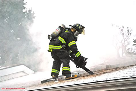 firefighters venting roof « chicagoareafire.com