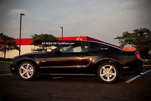 2012 Ford Mustang Gt Coupe 2 - Door 5. 0l
