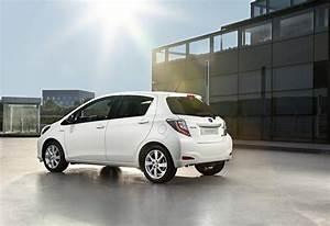Toyota Yaris Hybride Avis : images toyota yaris hybride moniteur automobile ~ Gottalentnigeria.com Avis de Voitures