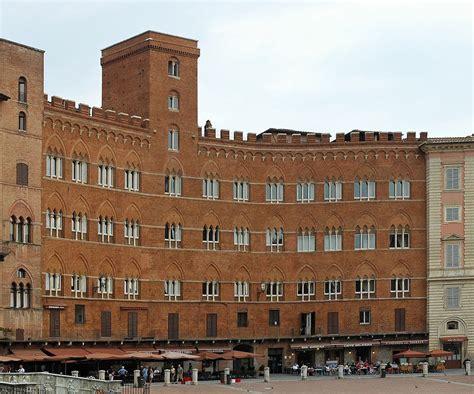 Sede Monte Dei Paschi Di Siena Fondazione Monte Dei Paschi Di Siena