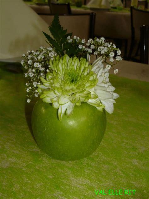 decoration avec une pomme fleurs et pomme val rit