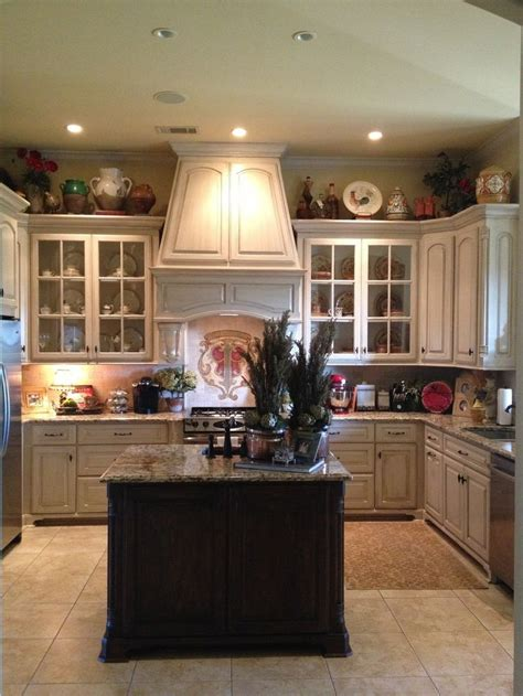 best country kitchen accessories 17 best ideas about country kitchens on 4441