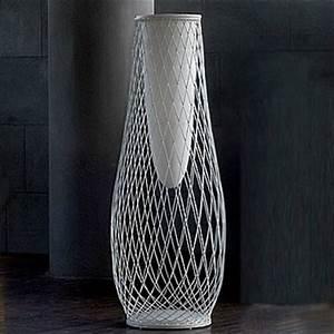 Grand Vase Design : vase heaven jardinchic ~ Teatrodelosmanantiales.com Idées de Décoration