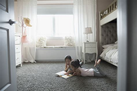 Inexpensive Bedroom Flooring Options by Inexpensive Bedroom Flooring Ideas