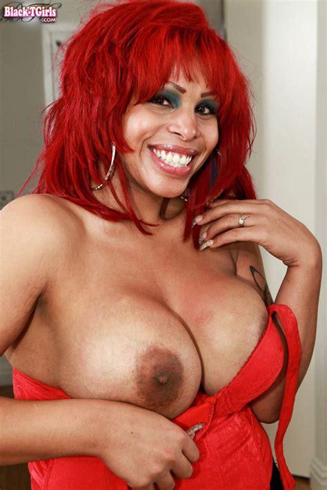 Redhead Black Shemale Moet | Black Sexy Shemales