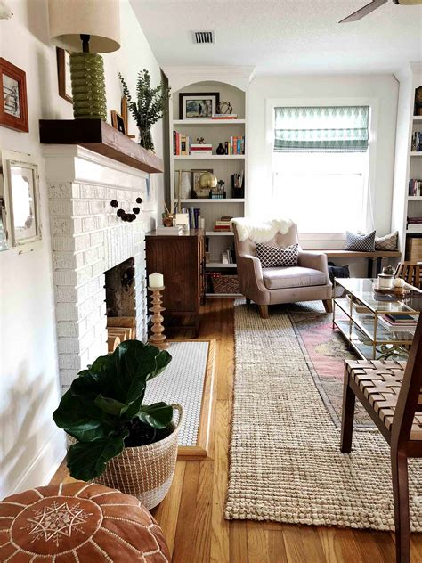 Simple Fall Decor for the Uncluttered Home