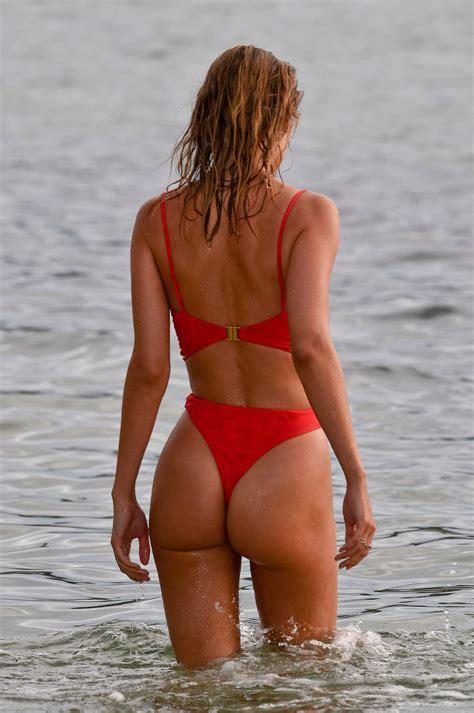 Kimberley Garner – Sexy Ass in Red Thong Bikini Paddleboarding in Caribbean, 12/23/17 – CelebsFlash