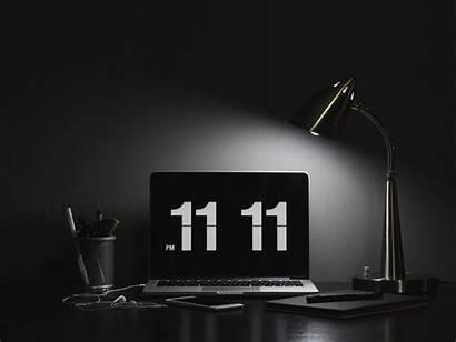 Numbers Laptop Desktop Dark Standard