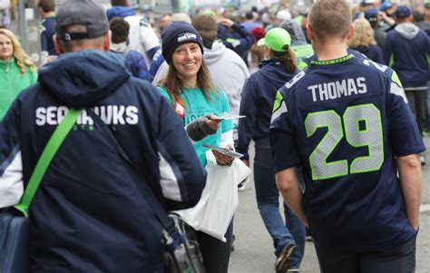 scientologists bring  truth  drugs  seahawks