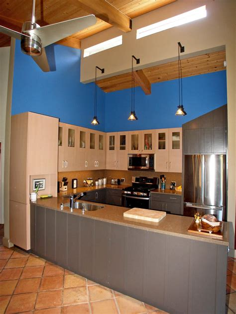 Colorful Cabinets by 30 Colorful Kitchen Design Ideas From Hgtv Kitchen Ideas