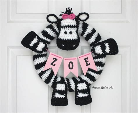 crochet zebra wreath repeat crafter