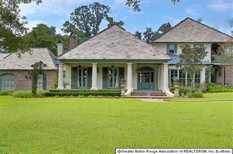 6 95 million southern country style mansion in baton