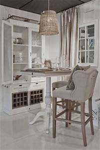 Riviera Maison Table : 1000 images about riviera maison on pinterest rattan baskets and white cushions ~ Markanthonyermac.com Haus und Dekorationen
