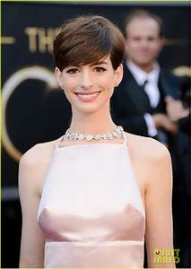Anne Hathaway - Oscars 2013 Red Carpet: Photo 2819072 ...