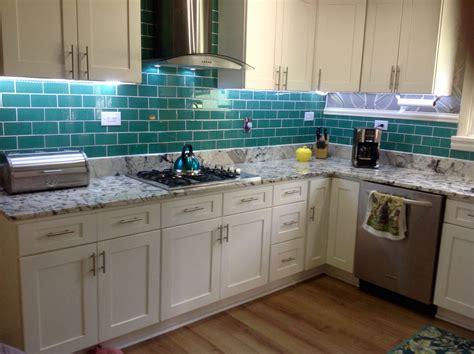 kitchen tiles designs a wide range of interesting subway tile kitchen options 3324
