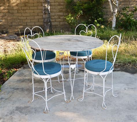 solid colors  outdoor furniture kovi