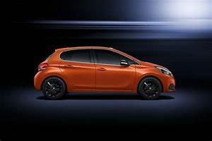 208 Peugeot : peugeot 208 gets a subtle facelift for geneva w videos carscoops ~ Gottalentnigeria.com Avis de Voitures