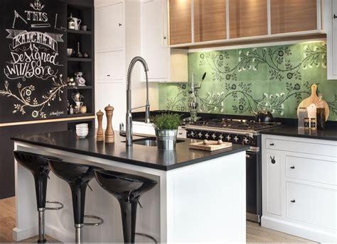 cuisine marbre noir plan de travail cuisine noir cuisine noir angola plans