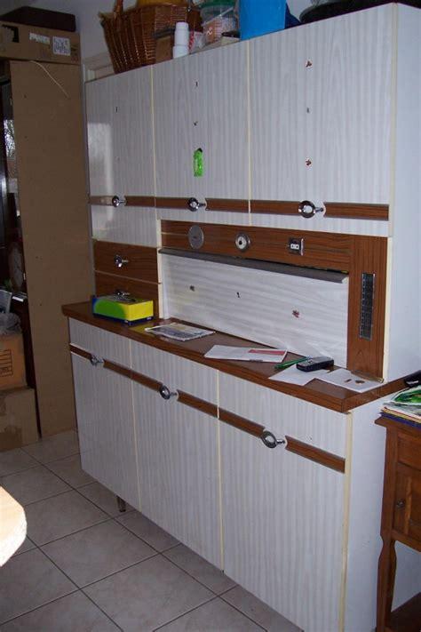 peindre placard cuisine agrable armoire cuisine pour four encastrable ide buffet