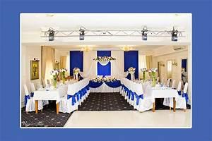 Tischdeko Blau Weiß : hochzeitsdeko blau ~ Markanthonyermac.com Haus und Dekorationen