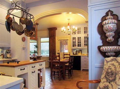Mediterranean Style Kitchens   Kitchen Designs   Choose