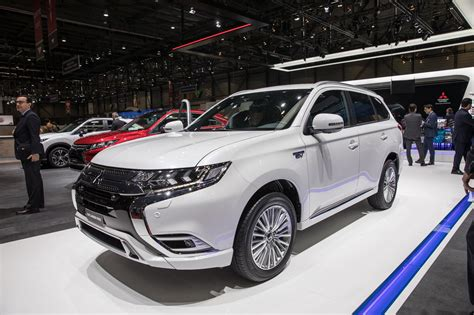 mitsubishi outlander phev builds   small