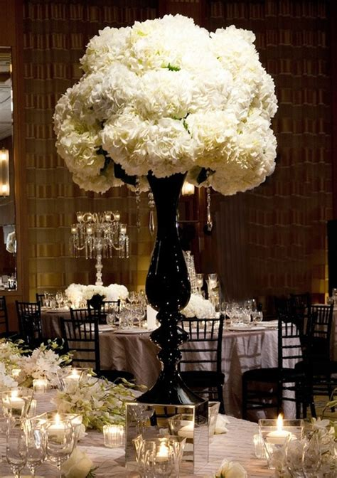 black and white floral centerpieces black and white wedding reception tables quotes