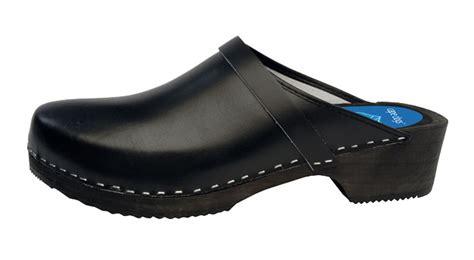Cape Clogs  Solids  Jet Black