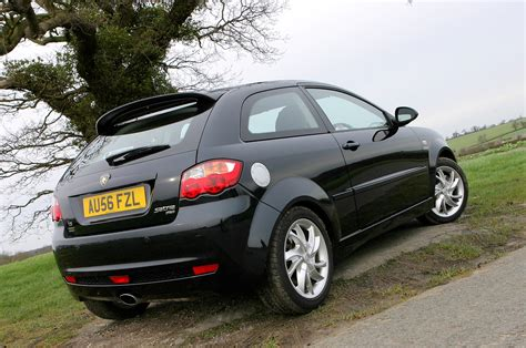 Proton Satria Neo Hatchback Review (2007