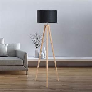 Wohnzimmer Lampe Holz : die besten 17 ideen zu stehlampe wohnzimmer auf pinterest ~ Lateststills.com Haus und Dekorationen