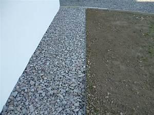 Proteger Le Bas Des Murs Exterieurs : bande de propret autour de la maison 34 messages ~ Dode.kayakingforconservation.com Idées de Décoration