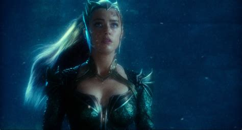 New Image Of Amber Heard's Mera From Justice League