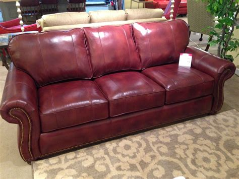 Leather Loveseat With Nailhead Trim by Leather Sofa With Nailhead Trim Spotlight On Leather