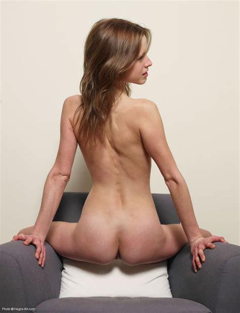 Naked Thin Ass Girl from SkinnyGirlNude.com