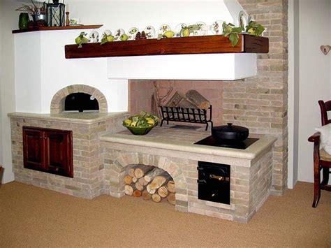 caminetto tradizionale rustico  mattoni  forno  la