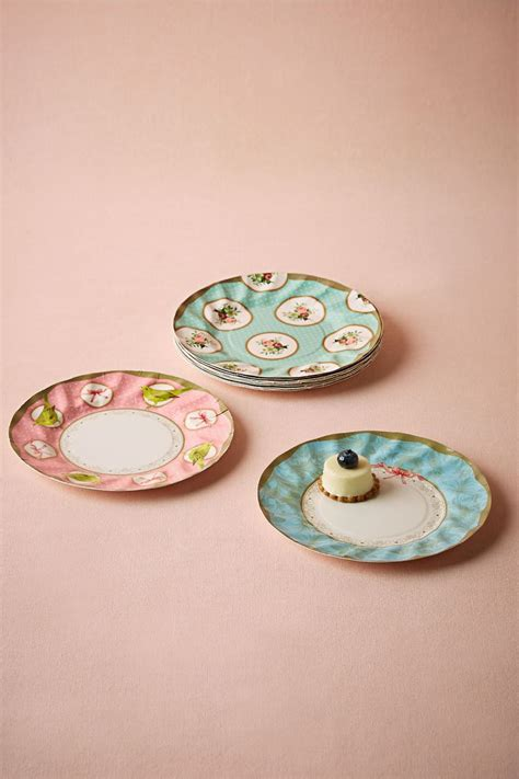 decorative wedding plates 1000 ideas about wedding paper plates on