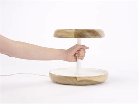 nachttischle mit touch funktion ciotole led tischle aus holz mit touch funktion und