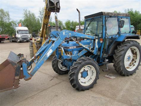 Ford 4610 4wd Tractor With Grays Loader Regno F237 Mst